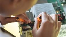 Tehnician echipamente de calcul